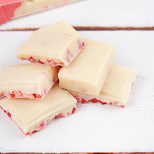 Erdbeer-Joghurt-Schokolade mit Xylit 100 gr. Tafel. Weisse Schokolade ohne Zucker kaufen. Zuckerfreie Schokolade kaufen. Weißolade kaufen.