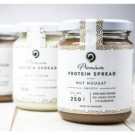 GOT7 Premium Protein Spread Nut Nougat Smooth 250 g kaufen. (21 g Eiweiß - Whey Protein)! Nuß Nougat Creme mit Whey Protein von GOT7 kaufen. Zucker-frei.at