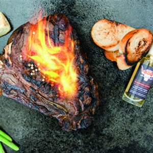 Smokin´BBQ Tanja Gabriel FLAMING STUFF Flambierwhisky 60% VOL 50 ml
