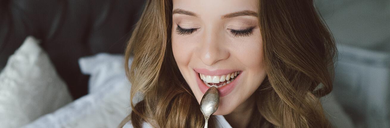 Brotaufstriche süß und pikant / Brotaufstriche zuckerfei kaufen / Zucker-frei Online Shop ✓ zuckerfreie Marmeladen ✓ Low Carb Protein Aufstriche. Im Shop!