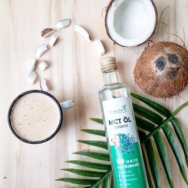 Simply Keto MCT-Öl Keto Booster 100 ml Glasflasche.