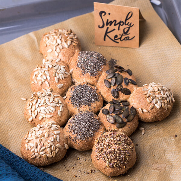 Simply Keto Low Carb Brotbackmischung DAS HELLE glutenfrei laktosefrei 280 g. Hochwertige Low-Carb-Backmischung für 800 g Teig. Einfache Zubereitung!